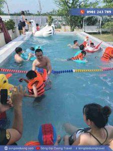 Hồ bơi tại Villa