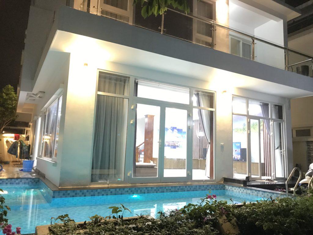 biệt thự 5 phòng ngủ có bể bơi