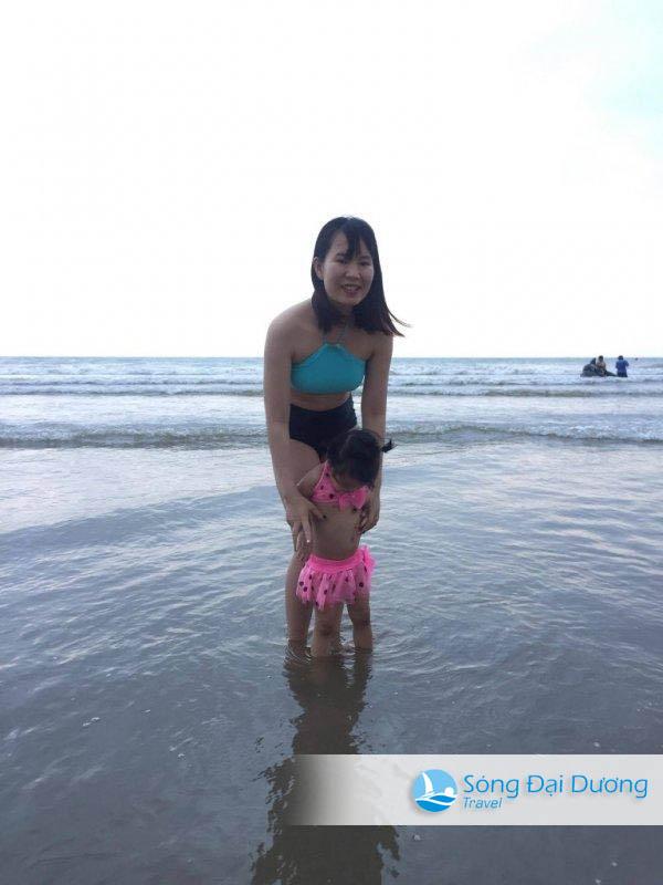 Du lịch hè gia đình em vẫn cứ thích biển Sầm Sơn