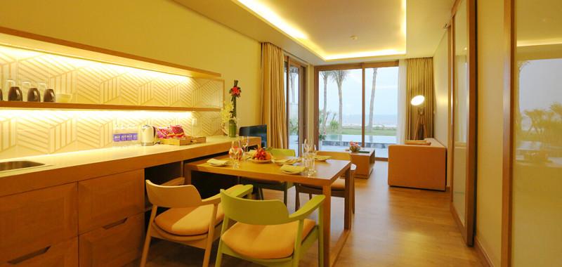 Phòng Seaview Living - khu bếp