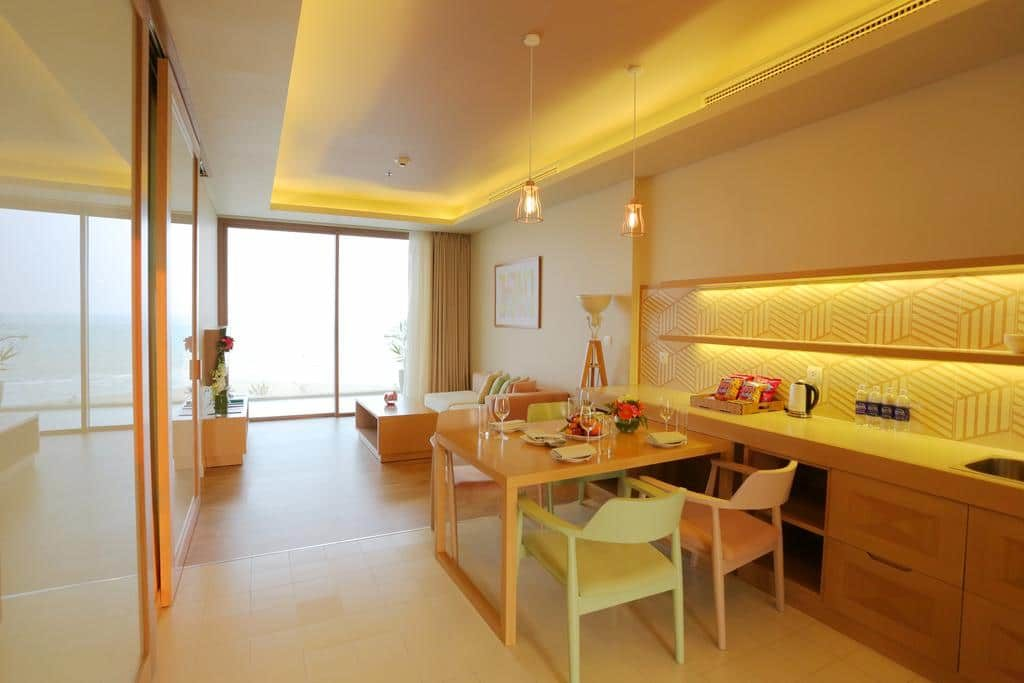Phòng Couple Suite - Căn bếp