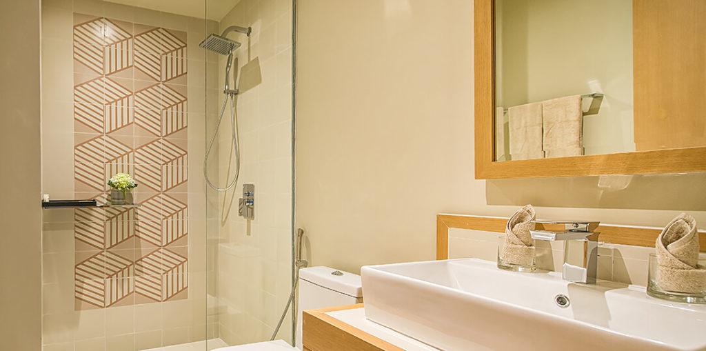 Phòng Family Suite - nhà vệ sinh