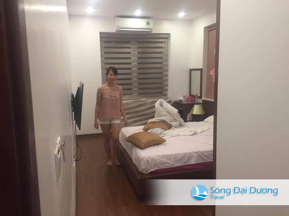 Phòng ngủ cũng khá ổn, sạch sẽ đẹp ạ
