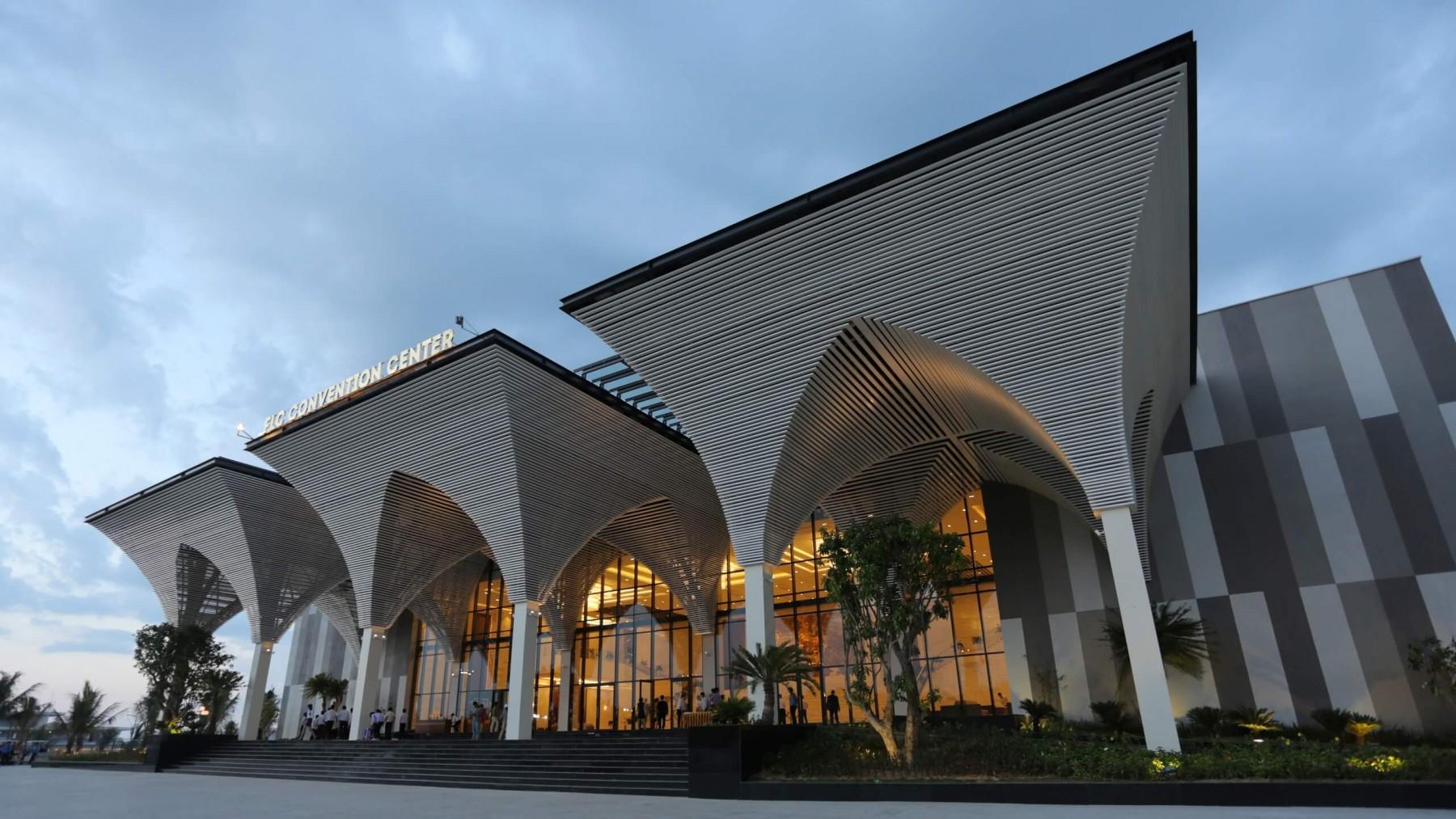 Trung tâm hội nghị hiện đại