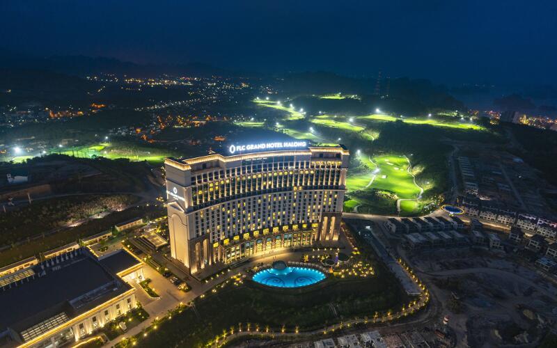 Khách sạn FLC Grand