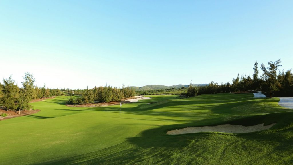 FLC Golf Links Quy Nhon 36 hố