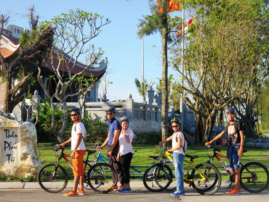 Đạp xe tham quan FLC Sâm Sơn