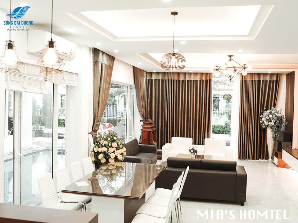 Phòng khách sang trọng với thiết kế không gian mở