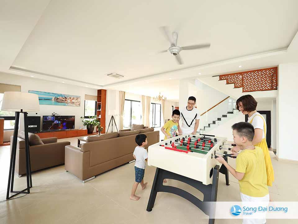 Phòng khách rộng cho nhiều không gian gia đình