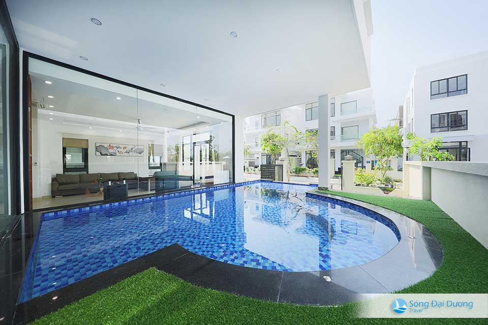 Bể bơi riêng biệt, thoải mái cho các bé vui đùa tại villa