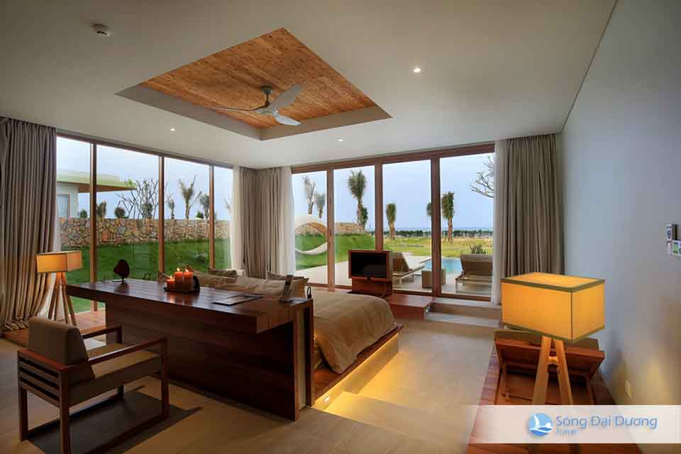 Four-bedroom Villa / Villa 4 phòng ngủ cao cấp hương nhìn ra sân Golf