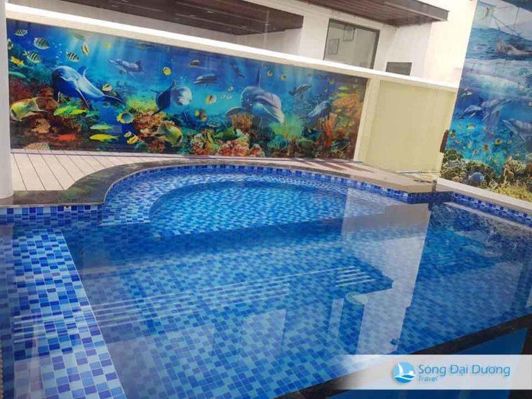 Bể bơi tại Villa 127