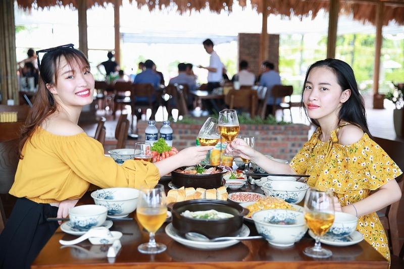 Nhà hàng trong FLC Sầm Sơn