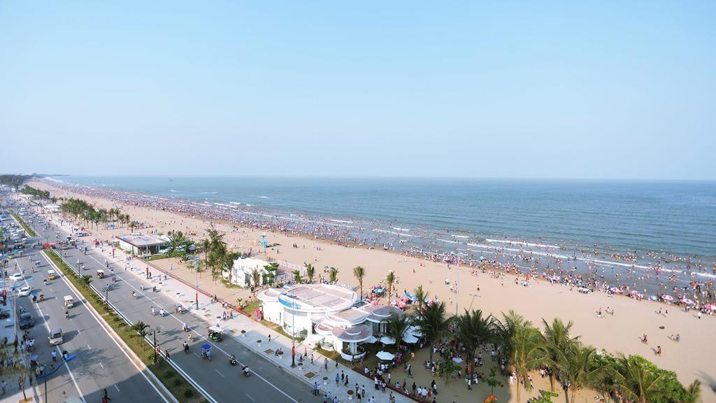 bãi biển sầm sơn - các điểm thăm quan tại Thanh Hóa