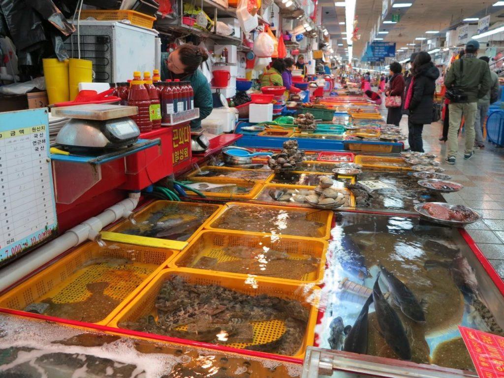 chợ cột đỏ hải sản
