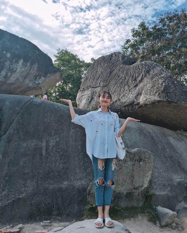 về tham quan Hòn trống mái Sầm Sơn