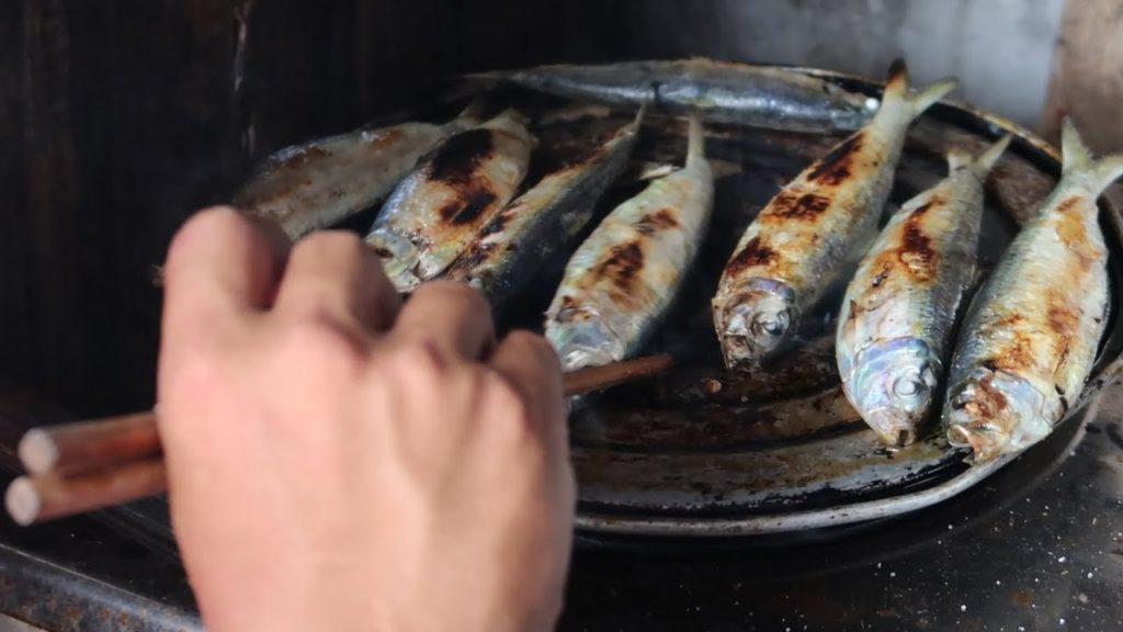 Cá trích nướng