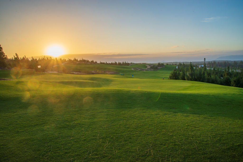 sân golf Quy Nhơn - FLC nào đẹp nhất