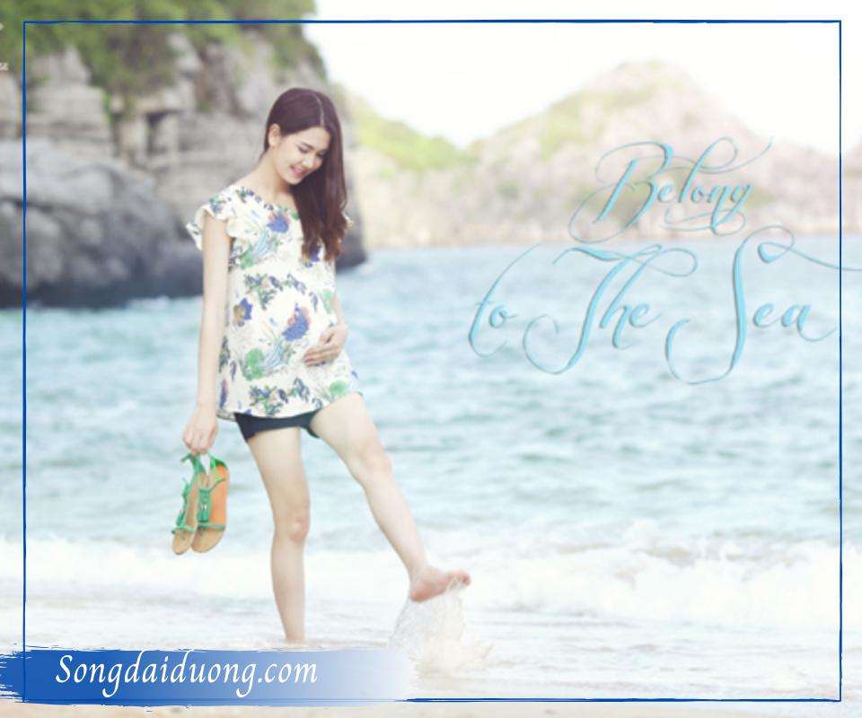 Đi biển mặc gì chụp hình đẹp