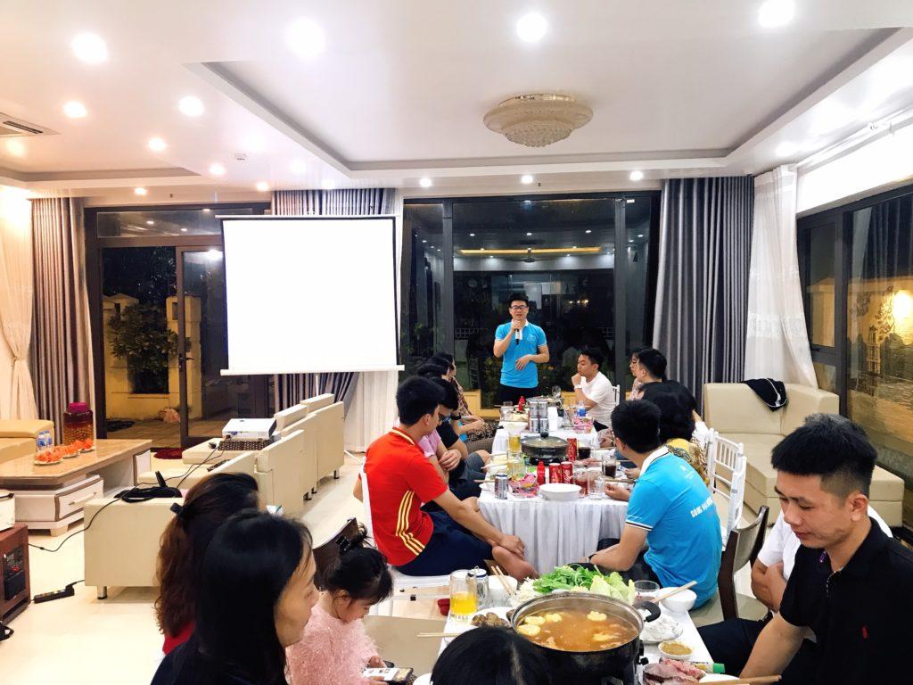 Tổ chức tiệc tại Villa