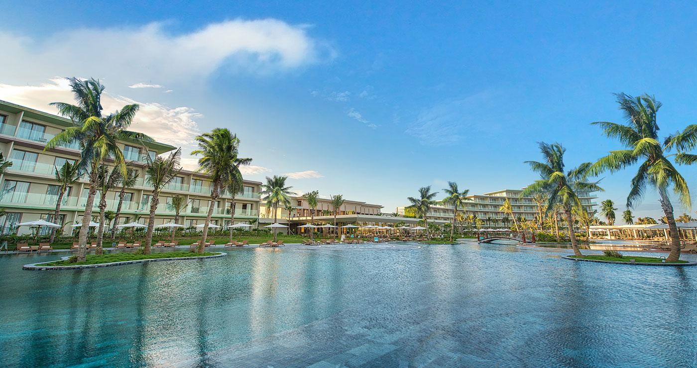 Resort có bể bơi nước mặn lớn nhất Việt Nam