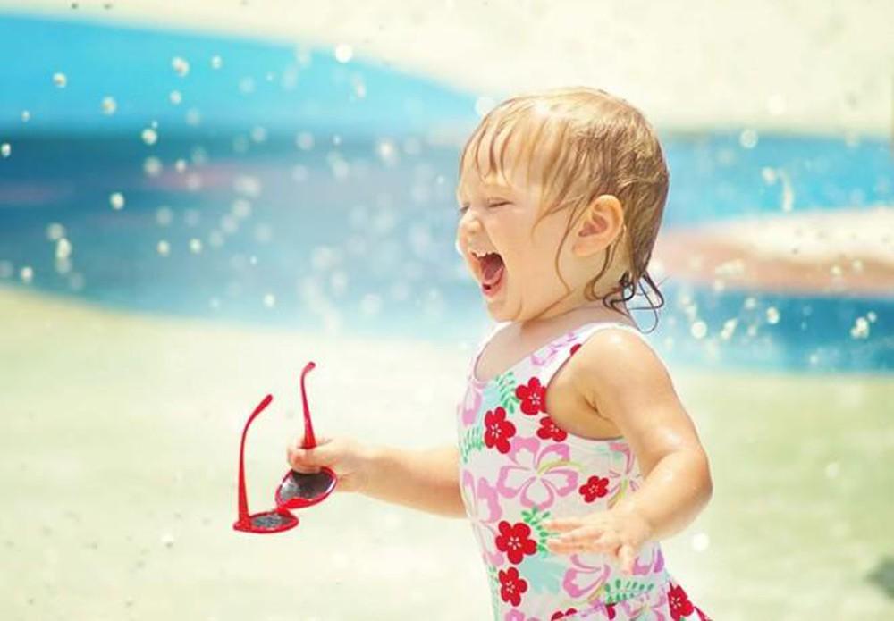Những lưu ý khi cho trẻ đi du lịch biển