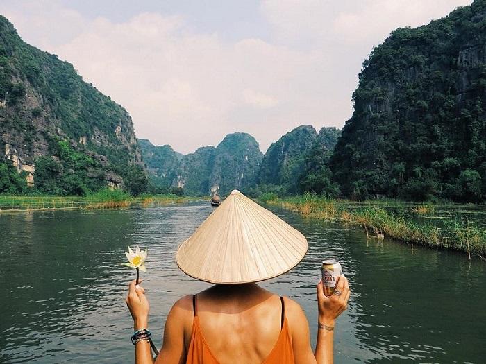 Tràng An - Ninh Bình  - du lịch mùa hè gần hà nội
