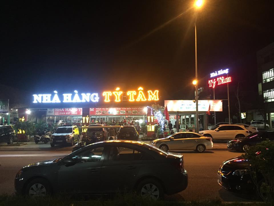 Nhà hàng Tầm Tít Sầm Sơn