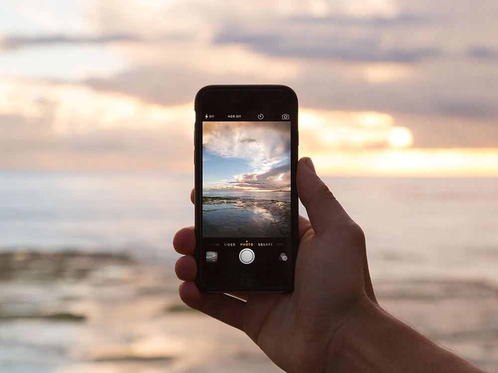 điện thoại chụp hình đi biển