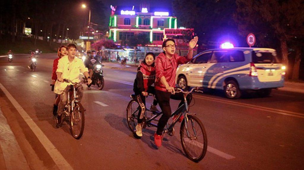 đạp xe đôi ở Sầm Sơn