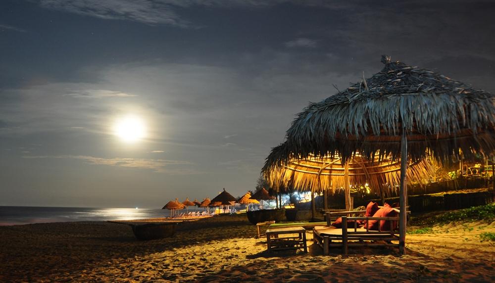 bãi biển Sầm Sơn buổi tối