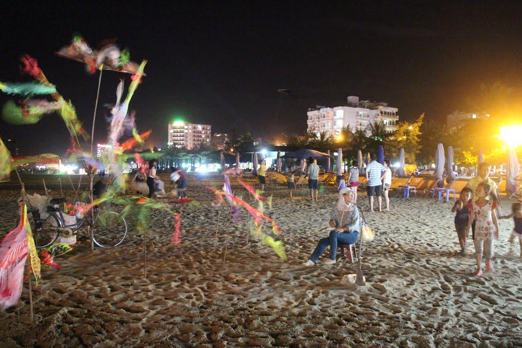 bãi biển buổi tối